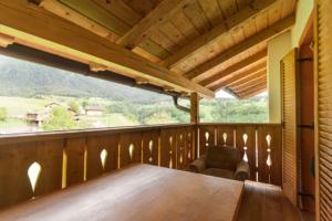 Fierenwohnung 3 mit Balkon am Puntschiedhof in Seis am Schlern